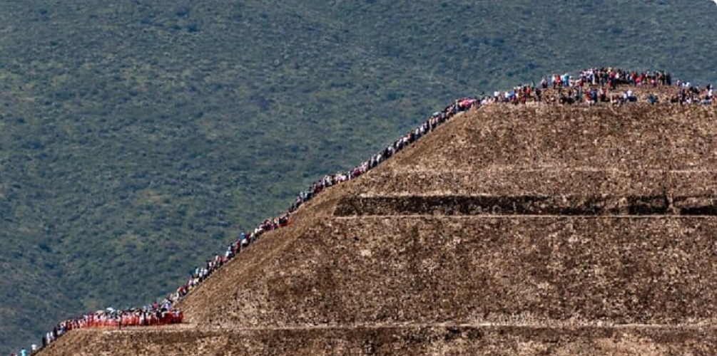 Teotihuacan Pyramid of the Sun Tourism