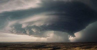 hurricane atmospheric phenomena