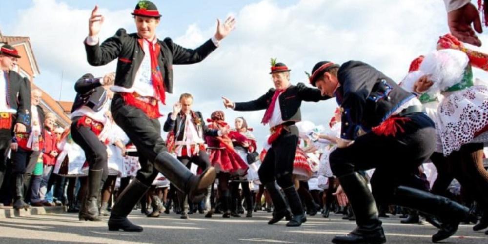 Czech Republic folk dances