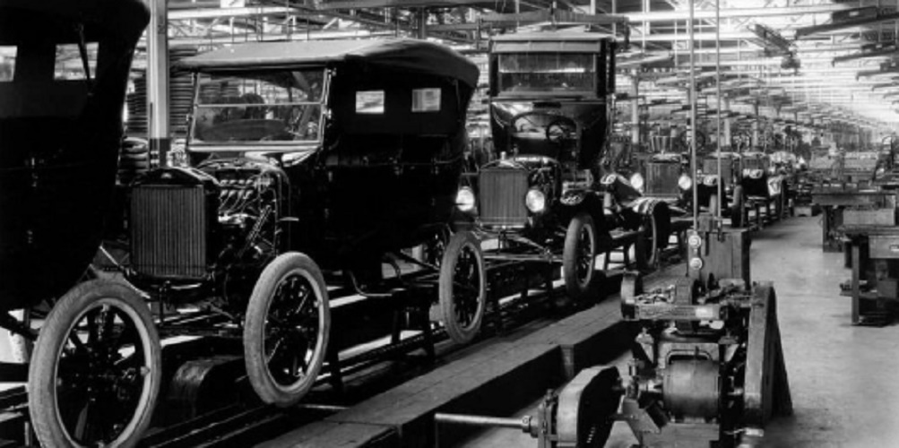 industry history - antique car