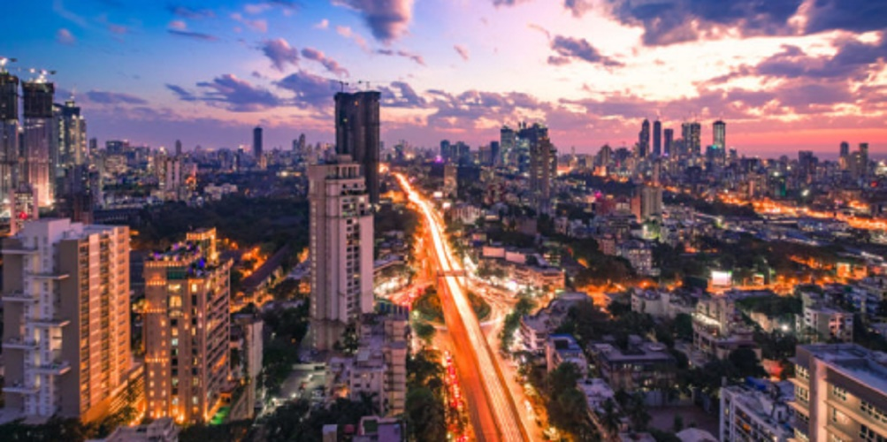 India - Mumbai - immigration - emigration