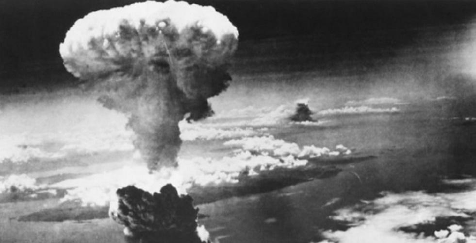 world war hiroshima nagasaki 1945 atomic bomb